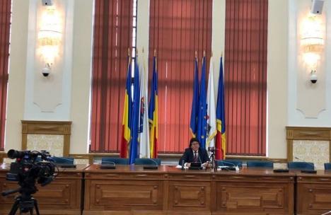 Protest pentru respect: Jurnaliştii din Timişoara au ieşit din sală când primarul şi-a început conferinţa de presă (VIDEO)