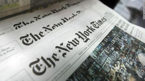 NY Times: România, care s-a luptat mult timp cu corupţia, se pregăteşte pentru decizia preşedintelui privind legile justiţiei
