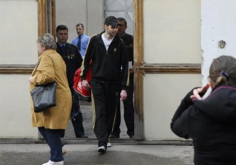Iepu' îşi invită anchetatorii la puşcărie: 100.000 lei pentru Nicolae Oros, după 13 luni de închisoare pentru o crimă nedovedită
