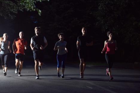 Oradea Night Run: Sportivi amatori şi profesionişti, invitaţi la o fugă nocturnă prin centrul oraşului