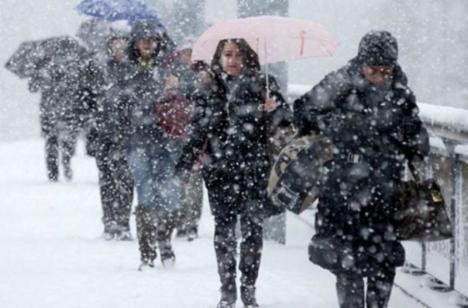 Vremea în România: Scad temperaturile şi vin ninsorile în acest sfârșit de săptămână