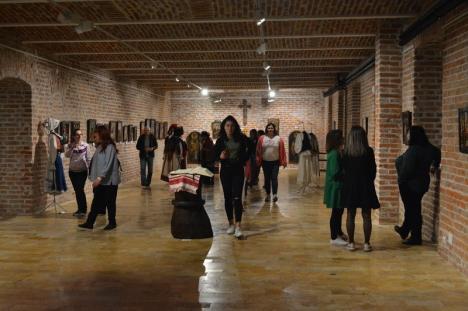 Maraton la Noaptea Muzeelor. Expoziţii cu duiumul, mii de vizitatori (FOTO / VIDEO)