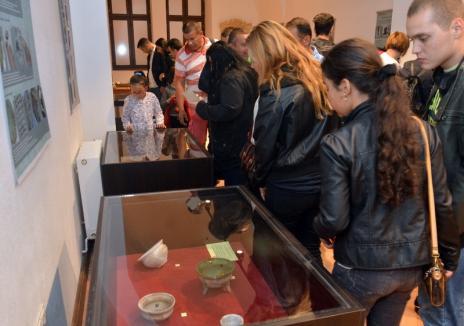 'Noaptea Muzeelor', record absolut: Aproape 40.000 de curioşi au vizitat muzeele Oradiei