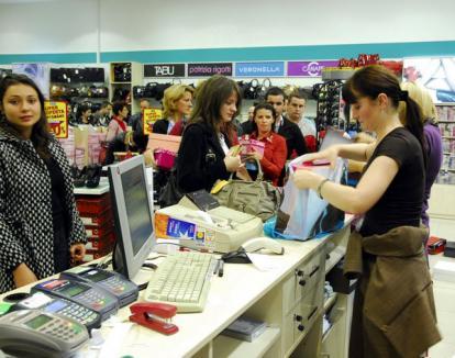 Vine Noaptea Reducerilor: La Lotus Center, cumpărătorii se vor distra alături de Mandinga
