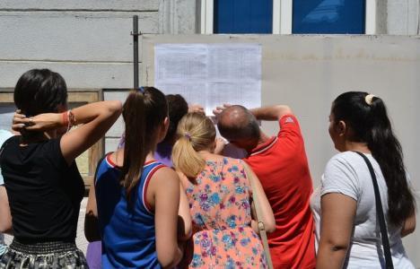 Bacul de toamnă: Unul din patru bihoreni a promovat examenul, nici unul nu are medie peste 9