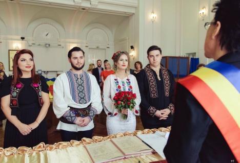 Primărie fără mirese! Municipalitatea mută pentru anul acesta oficierea căsătoriilor în Cetate