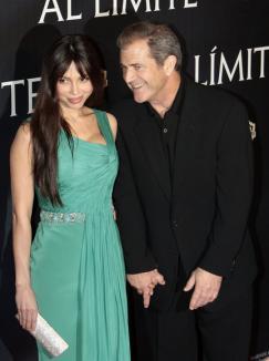 Mel Gibson, înregistrat când îşi înjură copios iubita