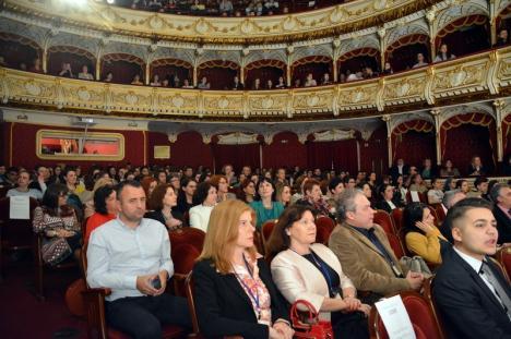 Cei mai buni elevi din ţară la biologie, reuniţi la Oradea (FOTO)