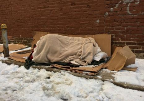 Doi români au murit din cauza frigului, în Italia. 'Ne pare rău, a refuzat orice ajutor…'