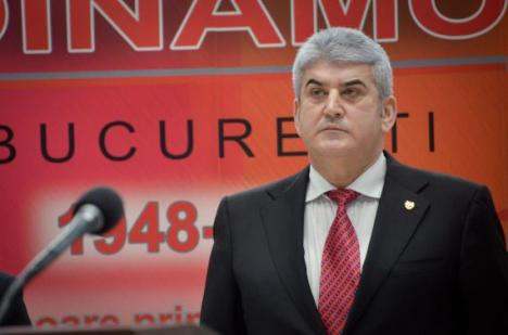 Urmărit penal în al doilea dosar de DNA, Gabriel Oprea a demisionat de la şefia UNPR