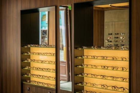 Optiplaza anunță deschiderea unui nou magazin în Oradea (FOTO)