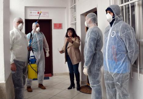 Vor să 'de-ciumeze' oraşul! Asociaţia Oradea Civică, formată din protestatarii anti-PSD, s-a lansat oficial (FOTO/VIDEO)