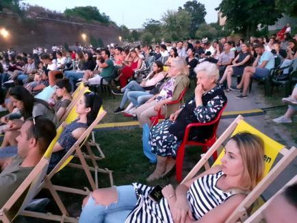 Visul american: Oradea Summer Film a debutat cu o peliculă despre militari NATO blocați într-un sat românesc (FOTO)