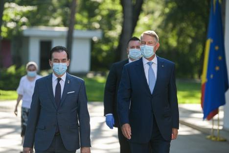 Semnale de alarmă trase de Iohannis şi Orban: Situaţia este îngrijorătoare, s-ar putea reveni la măsuri mai restrictive (VIDEO)