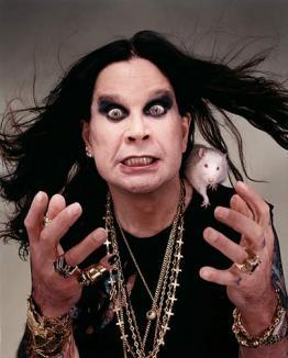 Ozzy Osbourne este în viaţă pentru că e rudă cu oamenii de Neanderthal