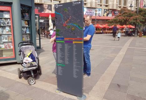 Nicicum nu le iese! Noile panouri turistice 'plantate' de Primărie prin Oradea indică obiective care încă nu există (FOTO)