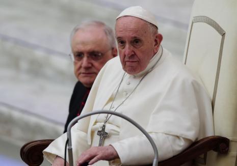 Papa Francisc s-a vaccinat anti-Covid