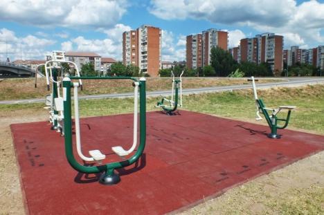 La sport, orădeni! Celestica a amenajat încă o zonă de fitness în aer liber (FOTO)