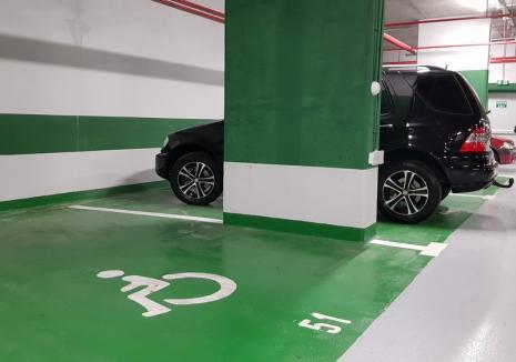 Parcare pentru fiecare: În noua construcție din strada Independenţei parchează fiecare după capul lui