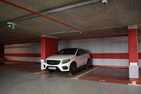 Parcarea subterană de pe Independenţei, deschisă pentru şoferi (FOTO / VIDEO)