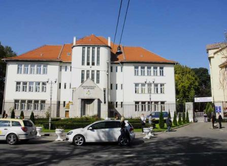 Tupeu de PDL-işti: Cer parcare gratuită pentru studenţi
