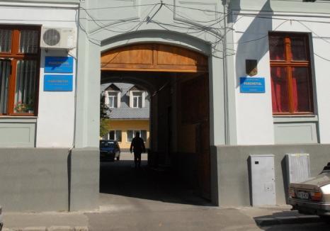 Bilanţul Parchetului Curţii de Apel Oradea: în 2015, procurorii au avut în anchetă aproape 50.000 de dosare penale