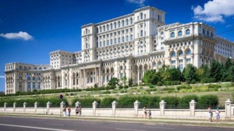 Cât ne-a costat şi cât a muncit un parlamentar român în 2018. Vezi şi preţurile de la cantina Parlamentului!