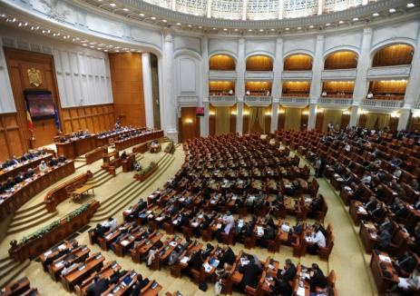 Bugetele locale, lăsate fără bani: Parlamentul a respins creşterea cotelor defalcate din impozitul pe venit