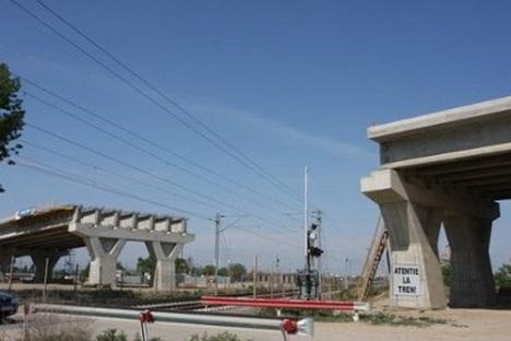CNADNR licitează construcţia pasajului peste şoseaua de centură din zona străzii Ciheiului
