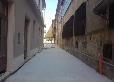 Accesul pietonal dintre străzile Vasile Alecsandri şi Independenţei a fost betonat (FOTO)
