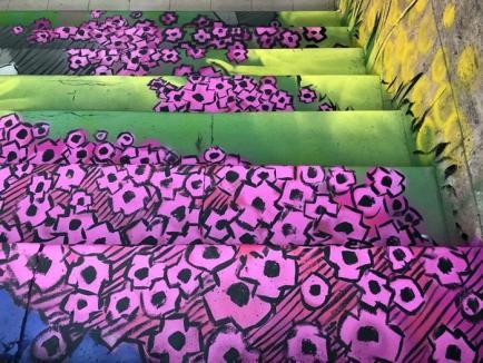 Cum vă place? Pasajul subteran de lângă Podul Dacia a prins culoare din mâna unor artişti stradali clujeni (FOTO)