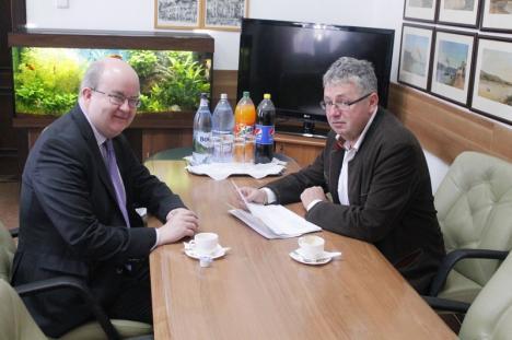 Şeful CJ Pásztor Sándor cere ajutorul ambasadorului Marii Britanii pentru asigurarea curselor de Londra