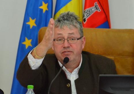 Pásztor, pârâciosul călător: Preşedintele Consiliului Judeţean Bihor s-a trezit cu procesul mutat în Ţara Oaşului