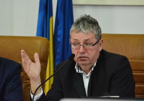 Răsturnare de situaţie: Spectacolul susţinut de Ansamblul Crişana de Mica Unire se va desfăşura la Teatru, la intervenţia Consiliului Judeţean