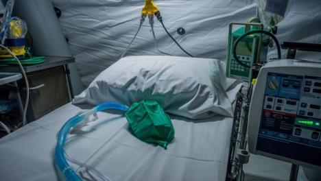 Numărul deceselor provocate de coronavirus a depășit 200 în România. O femeie de 38 de ani, fără alte boli, printre cele mai noi victime
