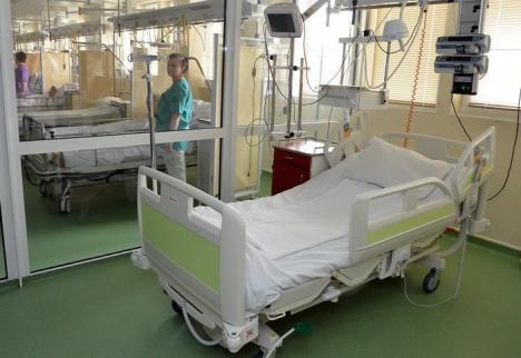 Atenţie la gripă! Un bihorean de 66 de ani a murit, bolnav şi cu virusul gripal