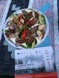 Scorbura Moţului: Patinoarul şi parcul de aventură din Arieşeni, inaugurate de turişti (FOTO)