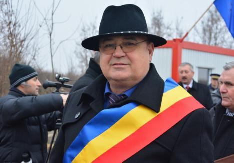 Ninja de Toboliu: Primarul Pavel Maier, reclamat pentru loviri de un afacerist local