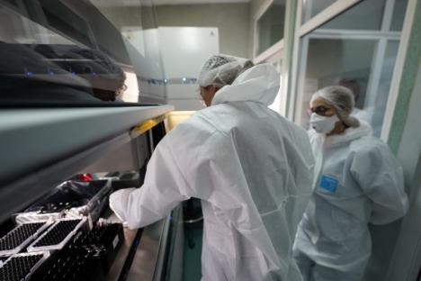Încă patru infectări cu Covid diagnosticate în Bihor, unde crește numărul cazurilor active