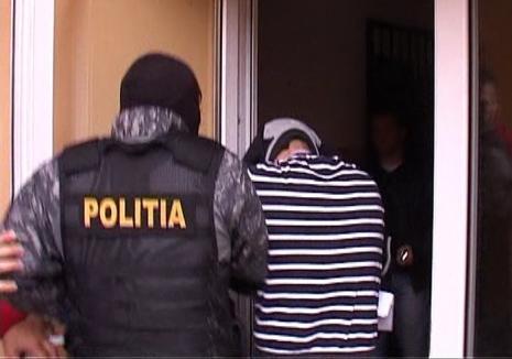 Percheziţii la SRI: Un maior a fost reţinut pentru trafic de cannabis şi cocaină! (VIDEO)