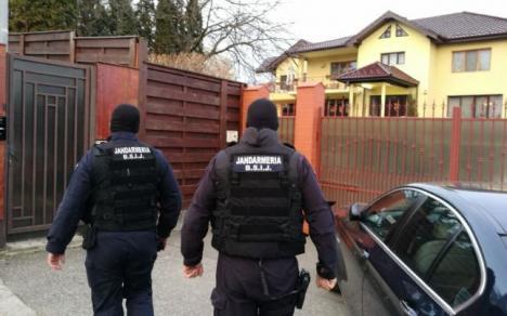 Scene de film mafiot în ancheta privindu-l pe medicul Lucan: i-au căzut 5.000 de euro din buzunar chiar când era scos de la procuror
