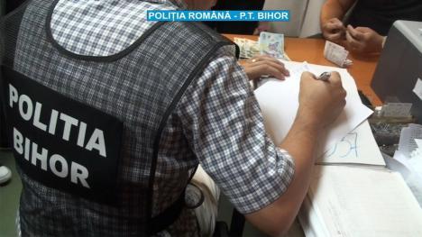 Doi reţinuţi în dosarul fraudei cu deşeuri descoperite de poliţiştii din Bihor. 'Creierul' afacerii e un orădean
