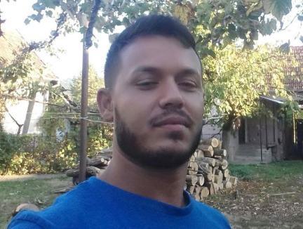 Bărbatul din Bihor acuzat că a violat şi filmat, în repetate rânduri, trei copii a fost plasat sub control judiciar. Minorii primesc consiliere psihologică