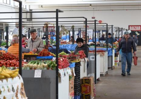 Piaţa în cădere: Producătorii agricoli, supărați că ADP Oradea nu a revenit asupra orarului din piețe