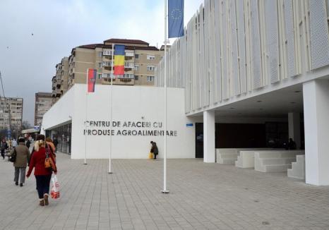 ADP Oradea licitează, pe 6 aprilie, spații comerciale în Piața Rogerius