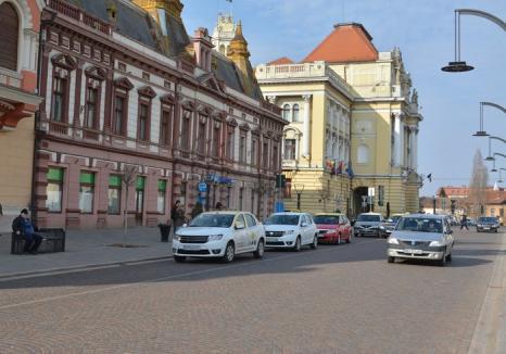 Bolojan: Primăria Oradea închide traficul auto în Piaţa Unirii, în weekend-uri