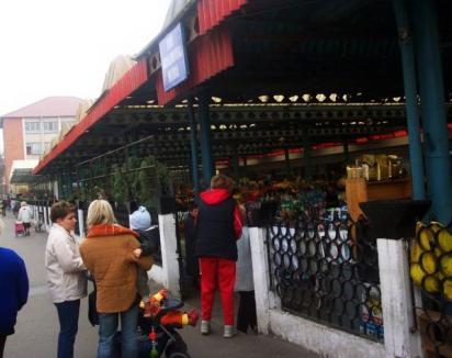 Piaţa Decebal, în renovare: Va avea o copertină nouă