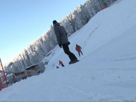 Se deschide pârtia de schi Piatra Grăitoare din Vârtop. Unii turişti se plâng de preţurile mari