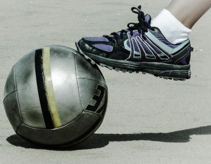 Toată lumea joacă fotbal! 71 de echipe înscrise până acum la campionatele de minifotbal