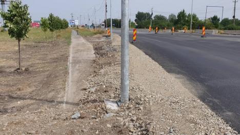 """Pista de biciclete de pe Borșului, """"ruptă"""" de un sens giratoriu nou (FOTO / VIDEO)"""